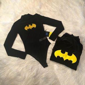 Sexy women's Batman bodysuit and velvet cape